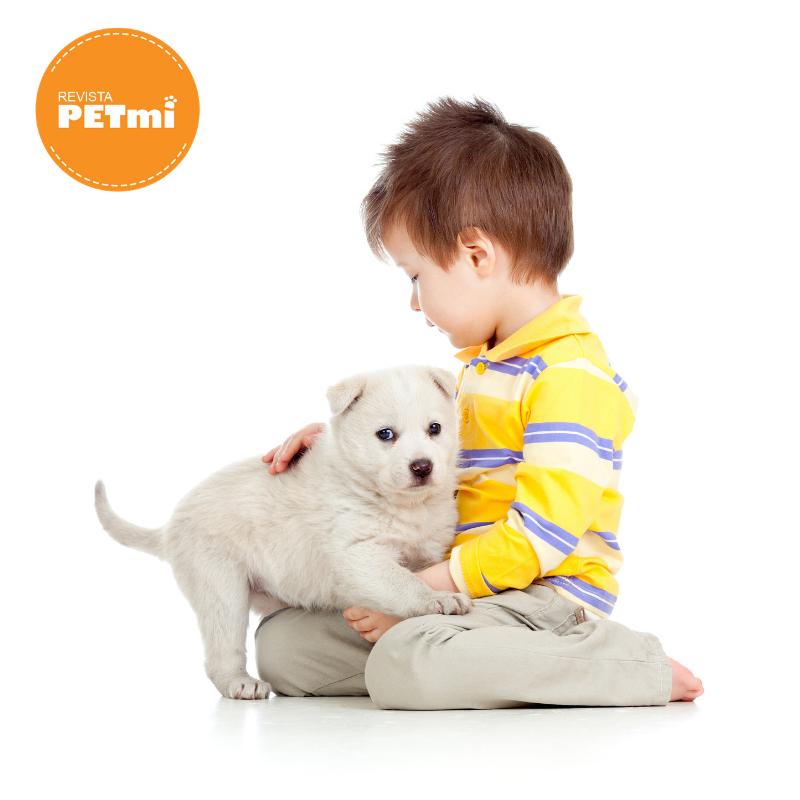 Beneficios psicológicos de crecer con una mascota (1)